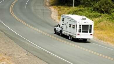 Image of a truck towing a fifth wheel